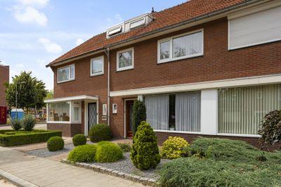 Gebroeklaan 64, Roermond