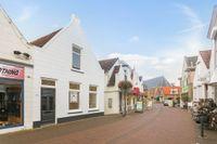 Kerkstraat 31, Strijen