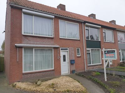 Sint Ontcommerstraat 1, Steenbergen