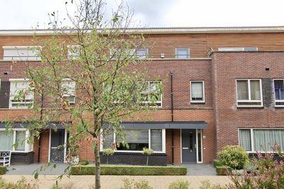 Sint Paulushof 10, Oosterhout