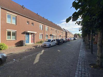 Jan de Raadtkade 65, Hoogvliet Rotterdam