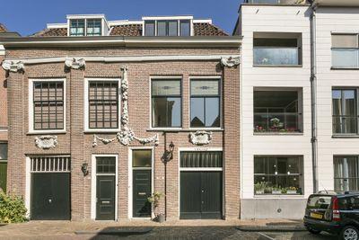 Varkenmarkt 75-77, Dordrecht