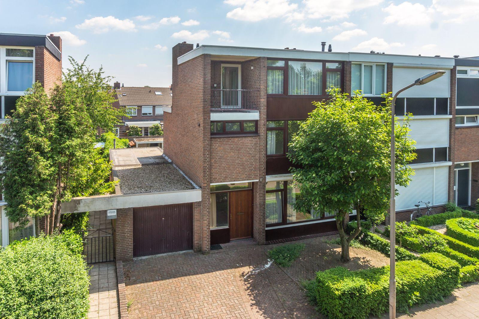 Bisschop Paredisstraat 12, Venlo