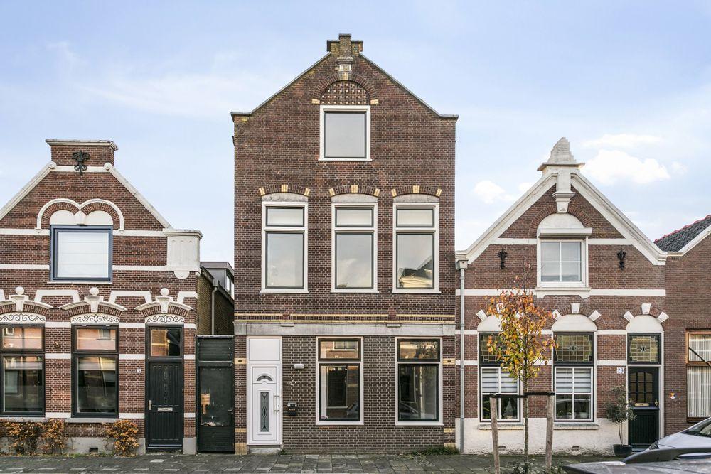Arnold hoogvlietstraat huurwoning in vlaardingen zuid holland