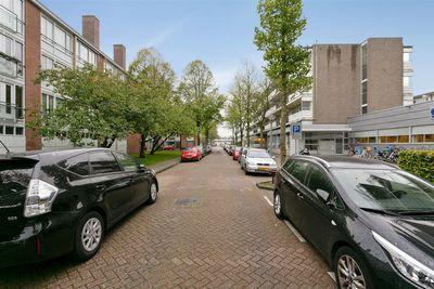 Henkenshage 5A, Amsterdam