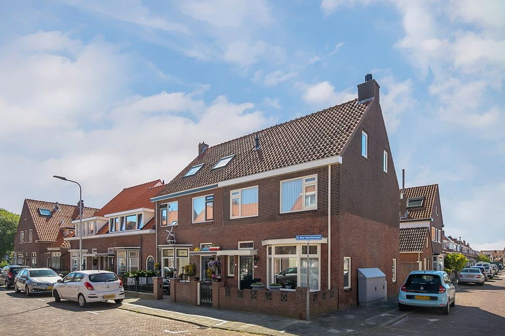 De Waal Malefijtstraat 1, Katwijk