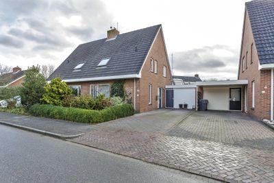 De Houtduif 57, Surhuisterveen