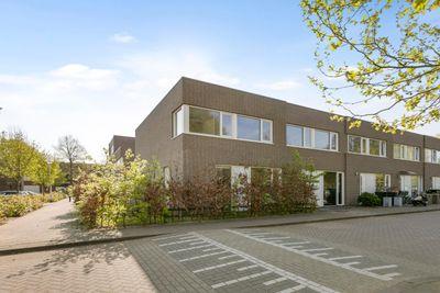 Donizettistraat 78-D, Tilburg