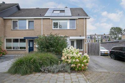Geerland 30, Zevenbergen