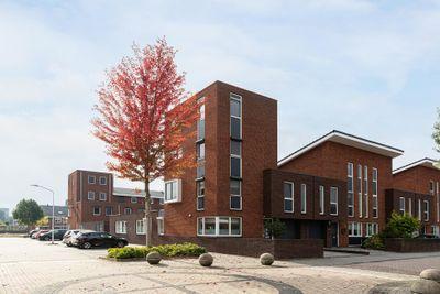 Steur 32, Papendrecht