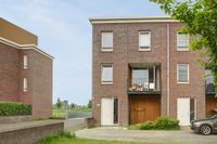 Beneluxlaan 632, Almere