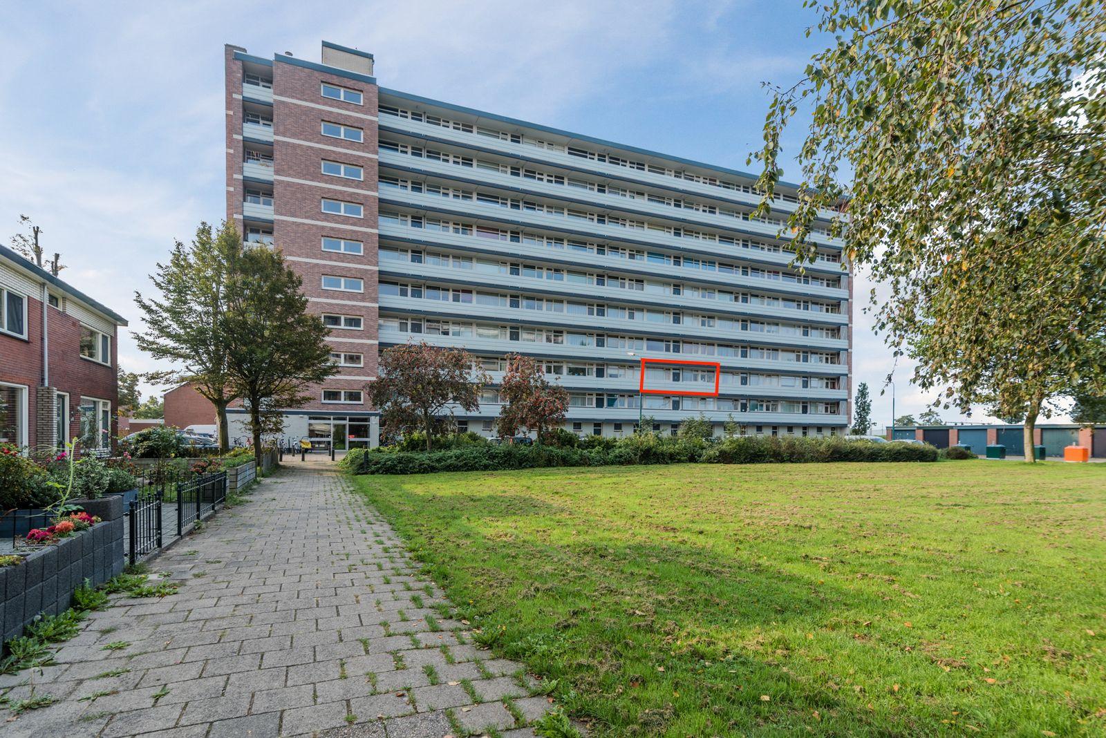 Titus Brandsmastraat 23, Breukelen