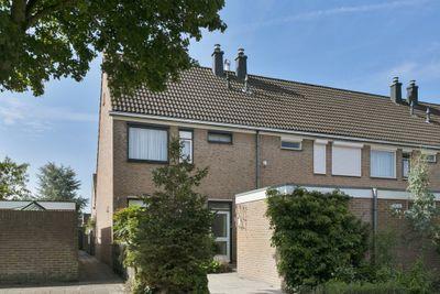 Hoogsdenhof 1, Zaltbommel