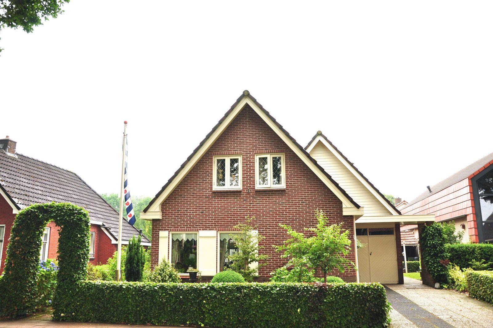Eikensingel 20, Haulerwijk