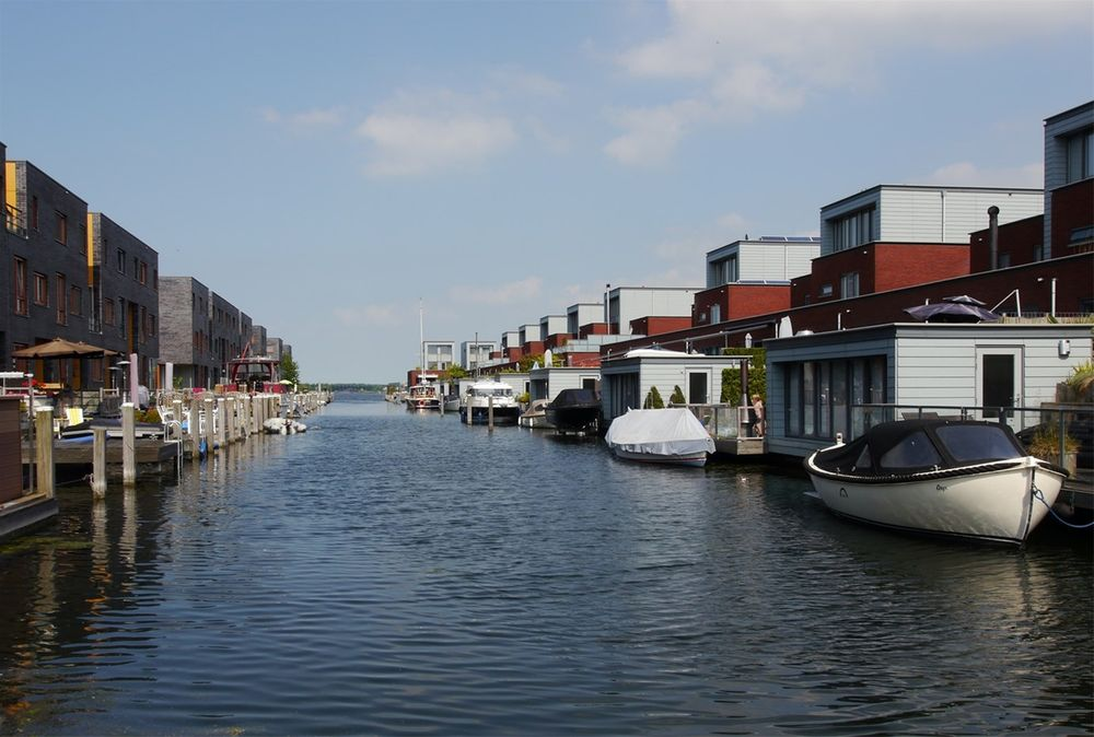 Plecht 23, Almere