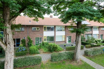 Leuvenstraat 2, Rijen