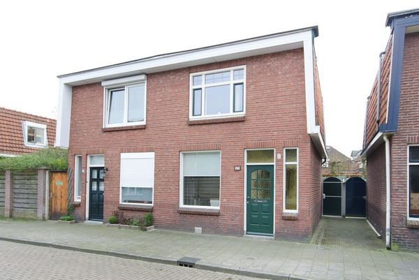 Javastraat 27, Hengelo