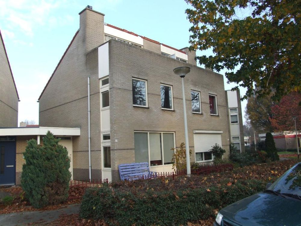 Carel Willinkplein 11, Roosendaal