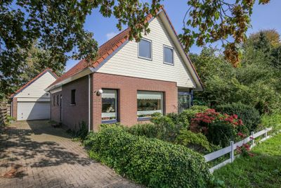 Leeuwarderstraatweg 142, Heerenveen