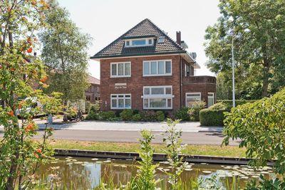 Westeinde 79c-81, Roelofarendsveen