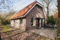 Hof van Halenweg 2221, Hooghalen