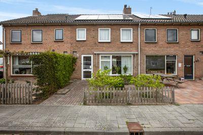 Van Steenstraat 19, Wieringerwerf