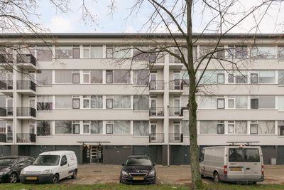 Jacob van Ruijsdaelstraat 38-B, Roosendaal