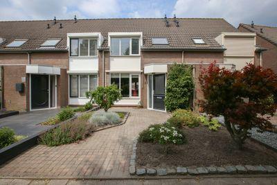 Krayenhofflaan 23, Waalwijk