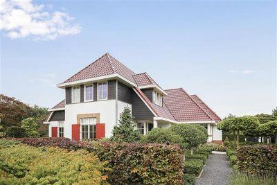 Hoge Bergse Bos 1, Almere