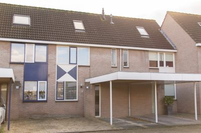 Elandberg 32, Roosendaal
