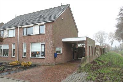 J.R. Kerkdijkstraat 7, Vriezenveen
