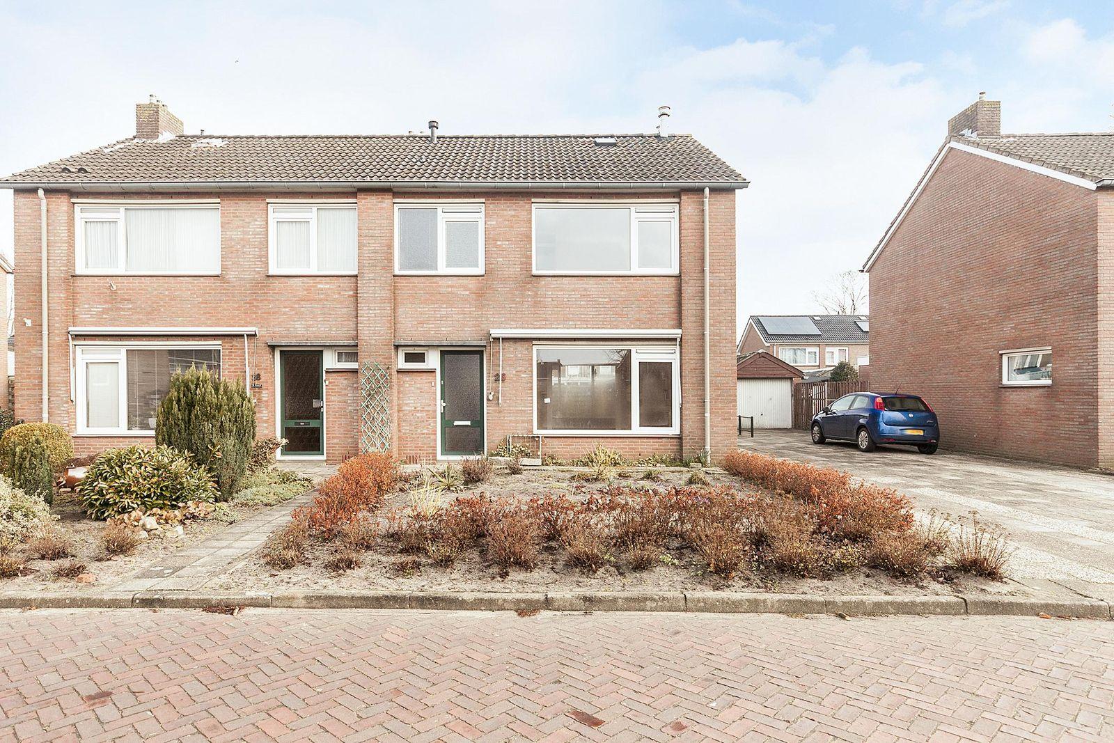 Flintenpad 26, Schoonebeek