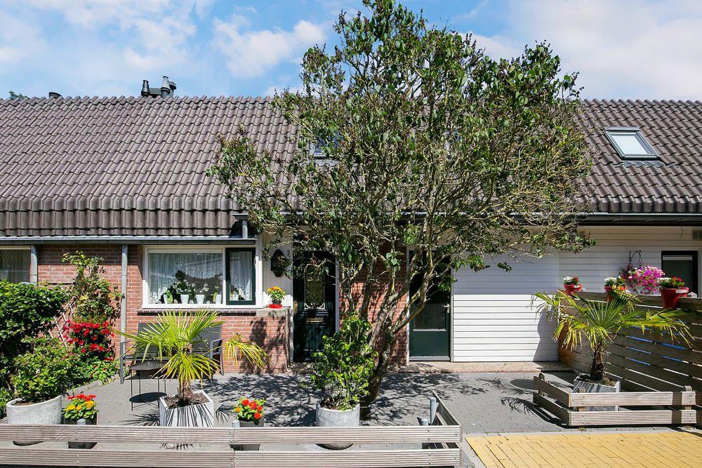 Rozenwerf 196, Almere