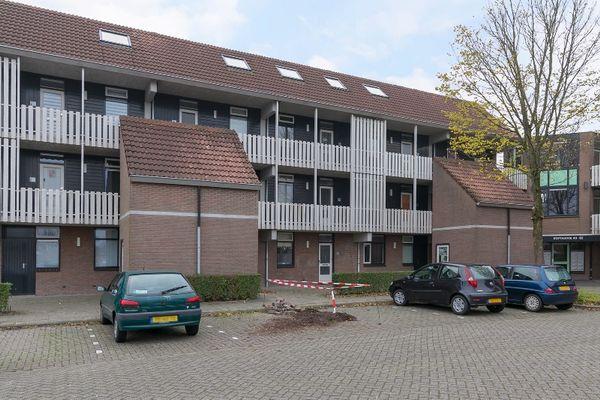Roptastate 36, Leeuwarden
