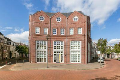 Laan Door De Veste 32, Helmond