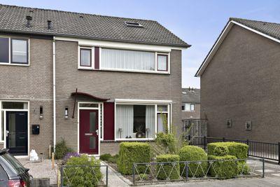 Elzenstraat 56, Brakel