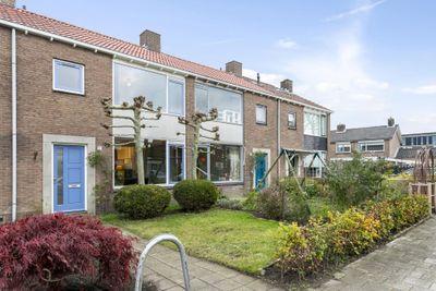 van Dorthstraat 37, Zutphen