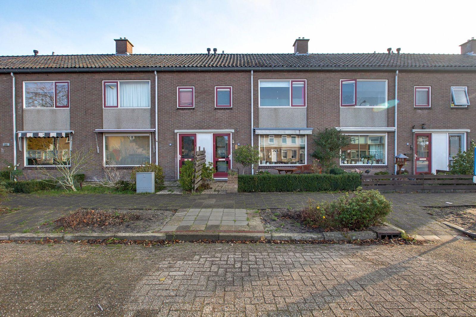 Baarlelaan 27, Hoogeveen