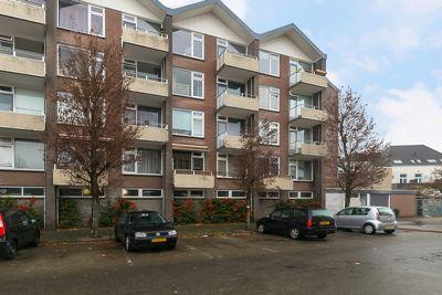 Valkenstraat 15 c, Breda