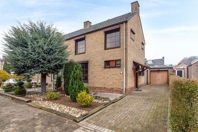 Pastoor Verbeekstraat 18, Sittard