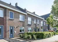 Bloemenweg 9, Dirksland