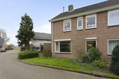 Willy Albertistraat 13, Hengelo