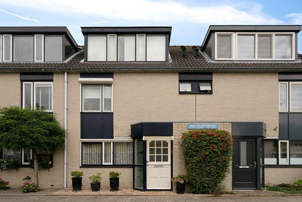 Mary Zeldenrustweg 86, Leiden