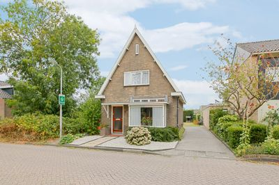 Slingerweg 83, Hippolytushoef