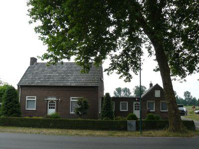 Donzel 13, Nistelrode