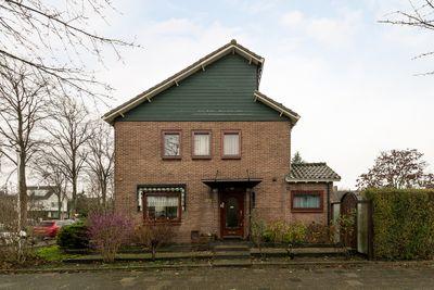 Graaf Willemlaan 27, Hendrik-ido-ambacht