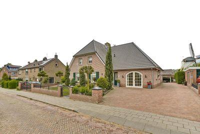 Meester Willemsenstraat 2, Giesbeek