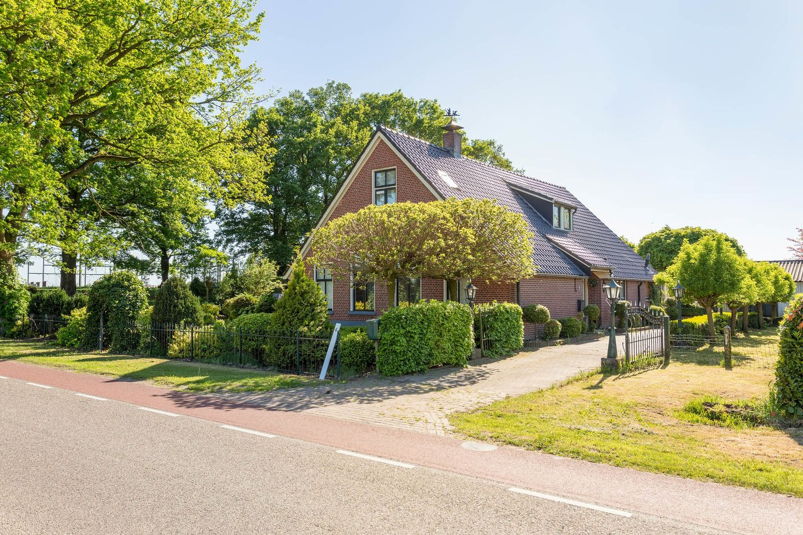 Entersestraat 6, Goor