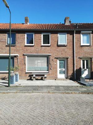Groen van Prinstererstraat 6, Hardinxveld-Giessendam