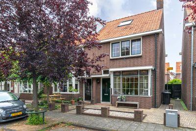 Hugo de Grootstraat 24, Sliedrecht